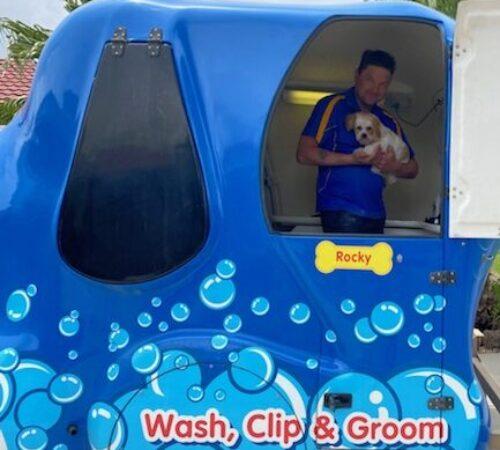mobile dog groomer 3029