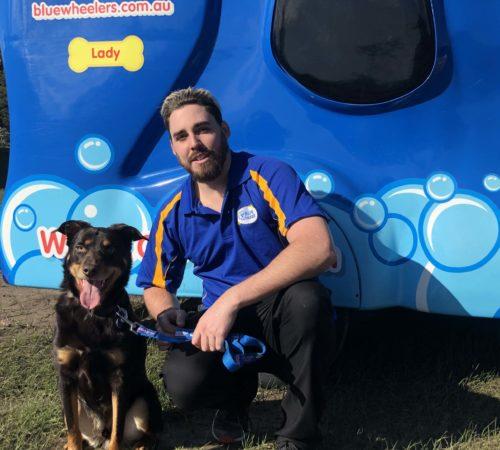 mobile dog groomer, mobile dog wasg, dogs, dog wasging, dog grooming, male mobile dog groomer
