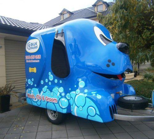 grooming salon, mobile grooming salon, blue dog, dog trailer, mobile dog grooming salon, , mobile dog wash trailer, Blue Wheelers trailer, big blue dog